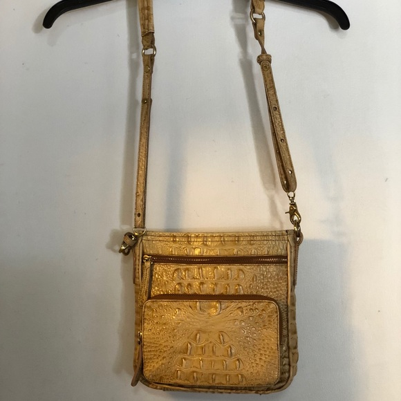 Brahmin Bags   Textured Leather Tan Crossbody Bag   Poshmark 0b17bbc4b7